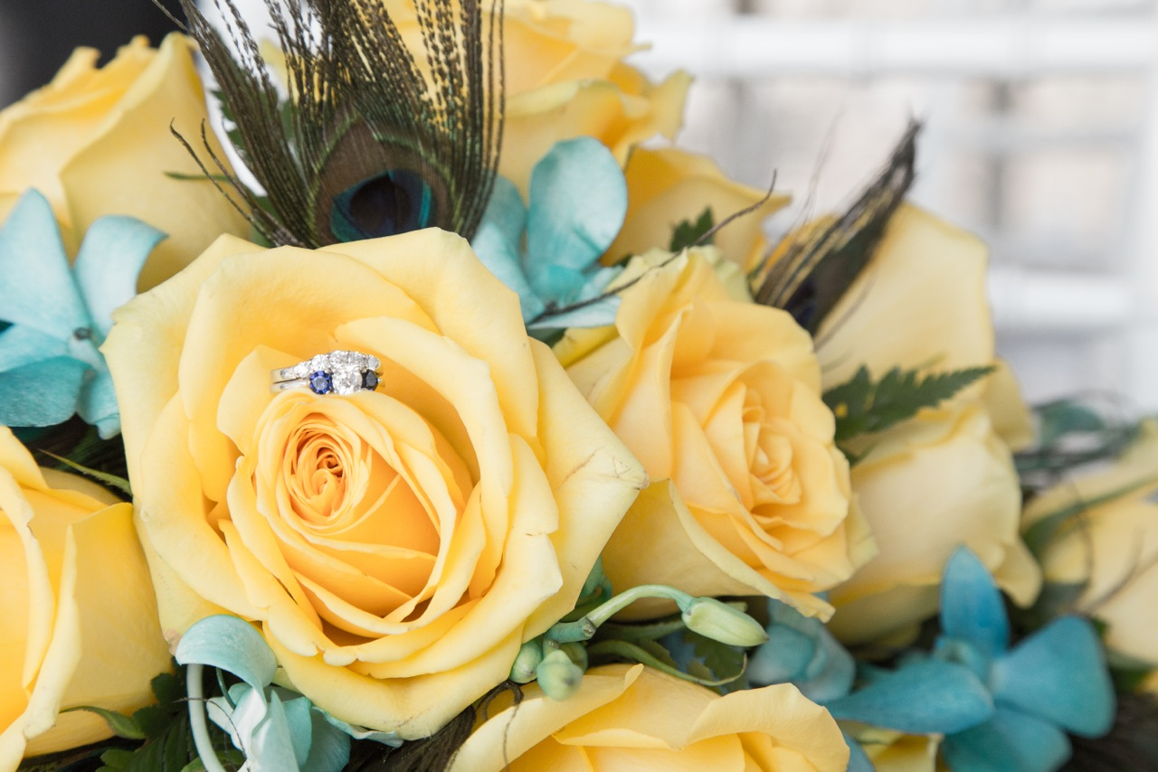 Serving Hands Tulsa Wedding Flowers Catering And Cakes